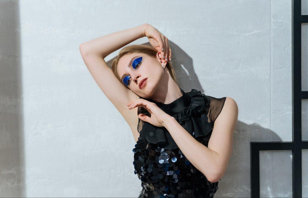 Как сделать блестящий макияж? Учитесь у балетных героинь, советует Елизавета Таранда