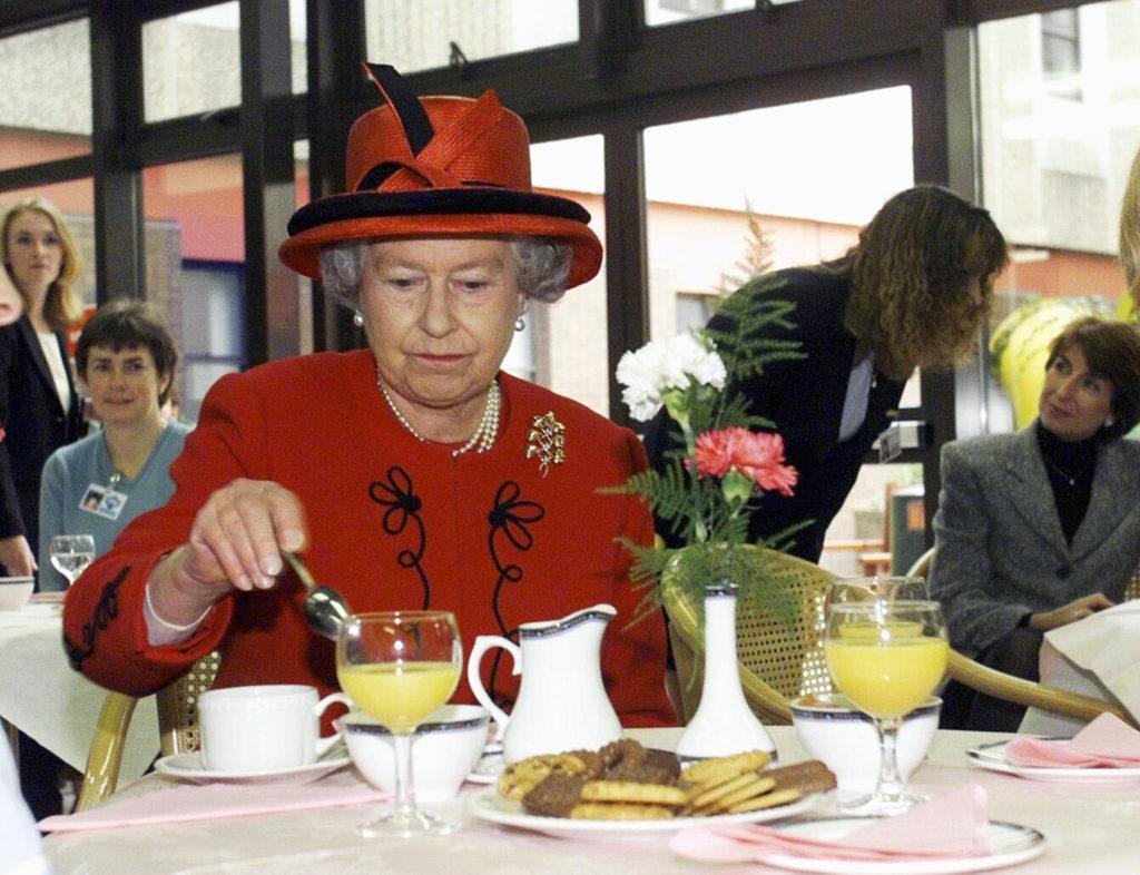 Секрет долголетия королевы Елизаветы – ее рацион