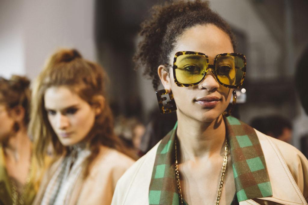 Самые модные солнечные очки 2020 – цветные