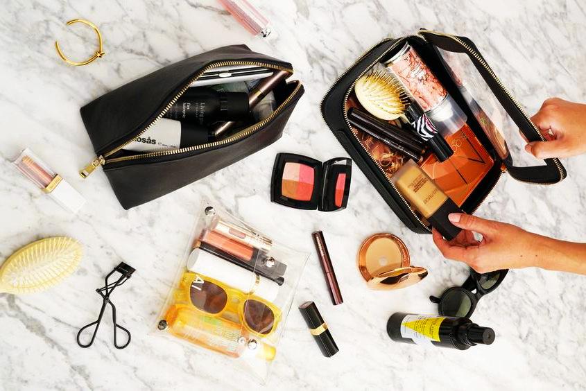 Как собрать косметичку в поездку? Рассказывает блогер Марина Браун