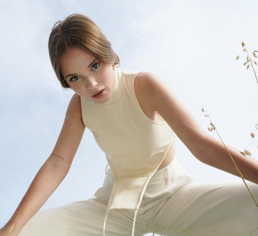Саша Спилберг – о дебютном альбоме и новом проекте на ТВ