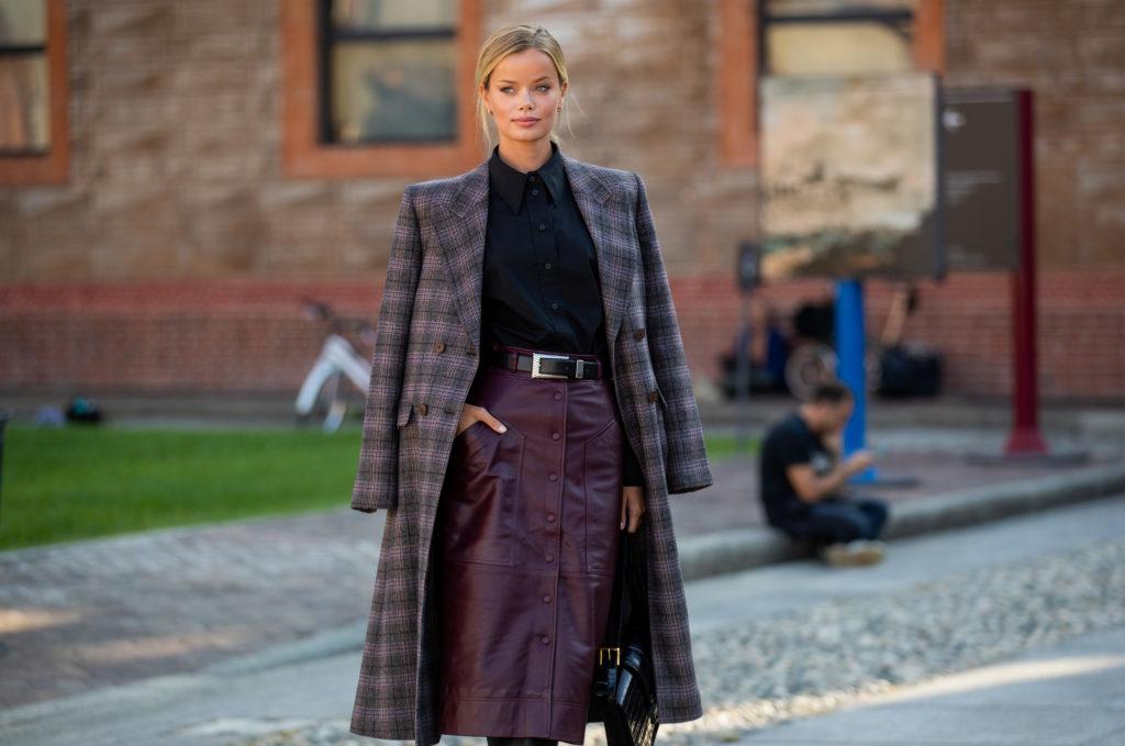 Как носить кожаную юбку? 5 модных идей