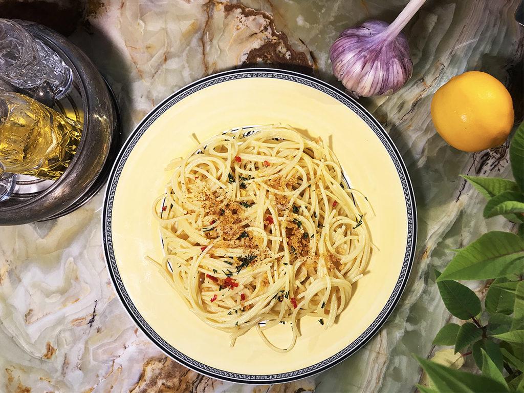 Спагетти алио и олио – итальянская классика в стиле ЗОЖ