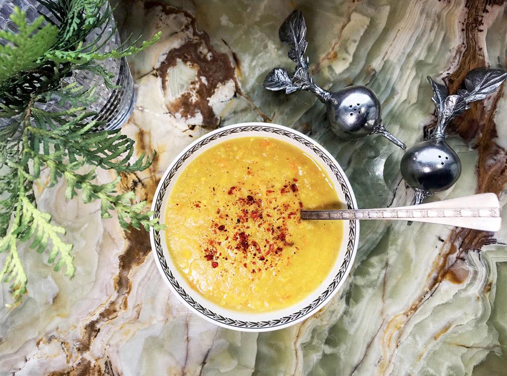 Лимонный суп из чечевицы – яркий и пикантный