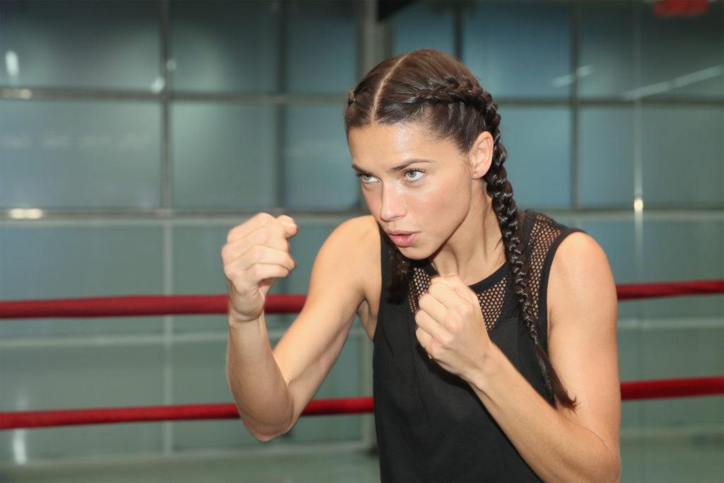 Адриана Лима: «Лучшая тренировка для женщин – бокс!»