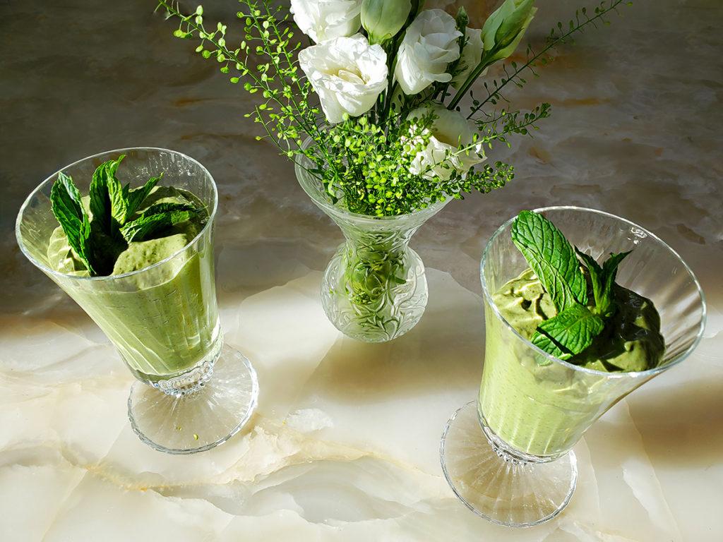 Зеленый смузи – богатый железом десерт!
