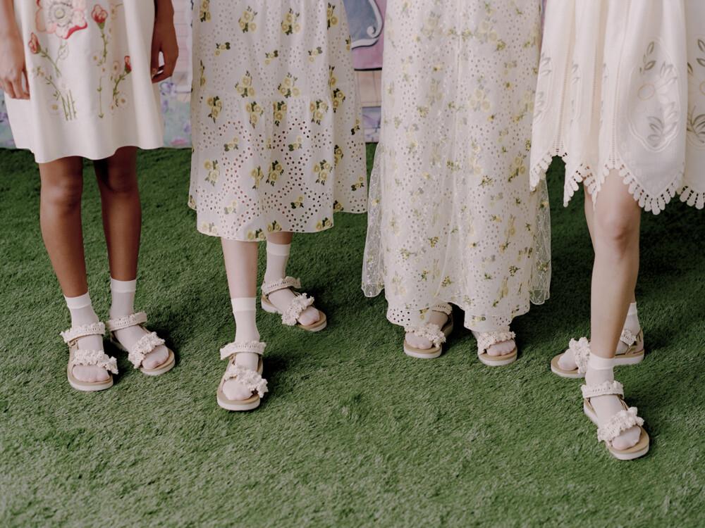 Пять пар модной обуви на лето 2021