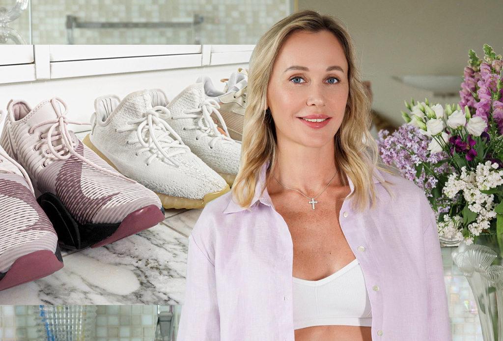 Как ухаживать за кроссовками и спортивной одеждой? Отвечает эксперт