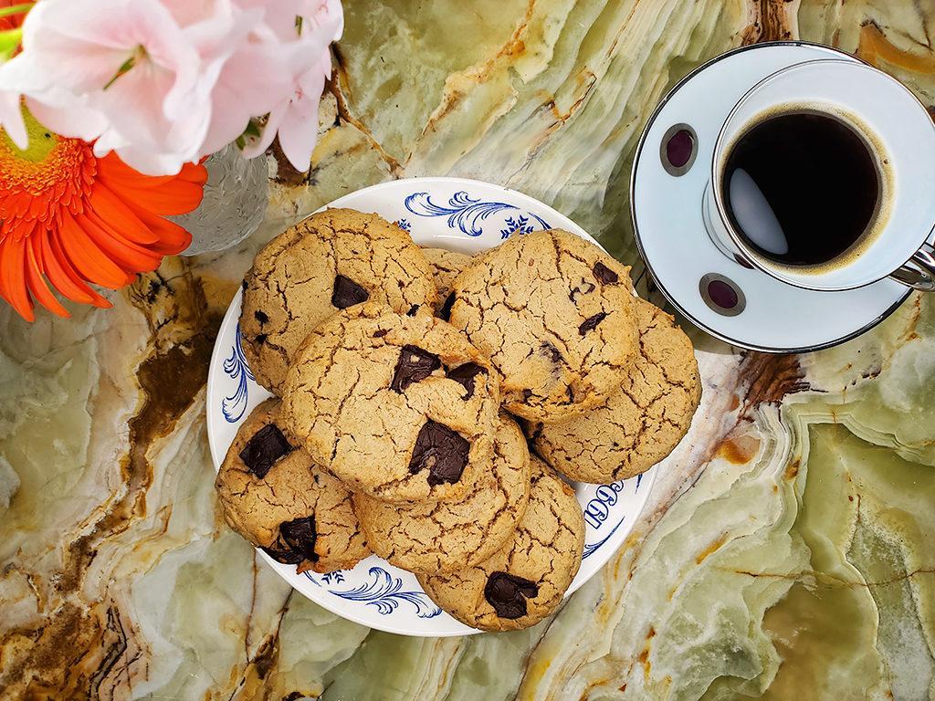 Шоколадное печенье в стиле Met Gala от знаменитого шеф-повара Софии Роу
