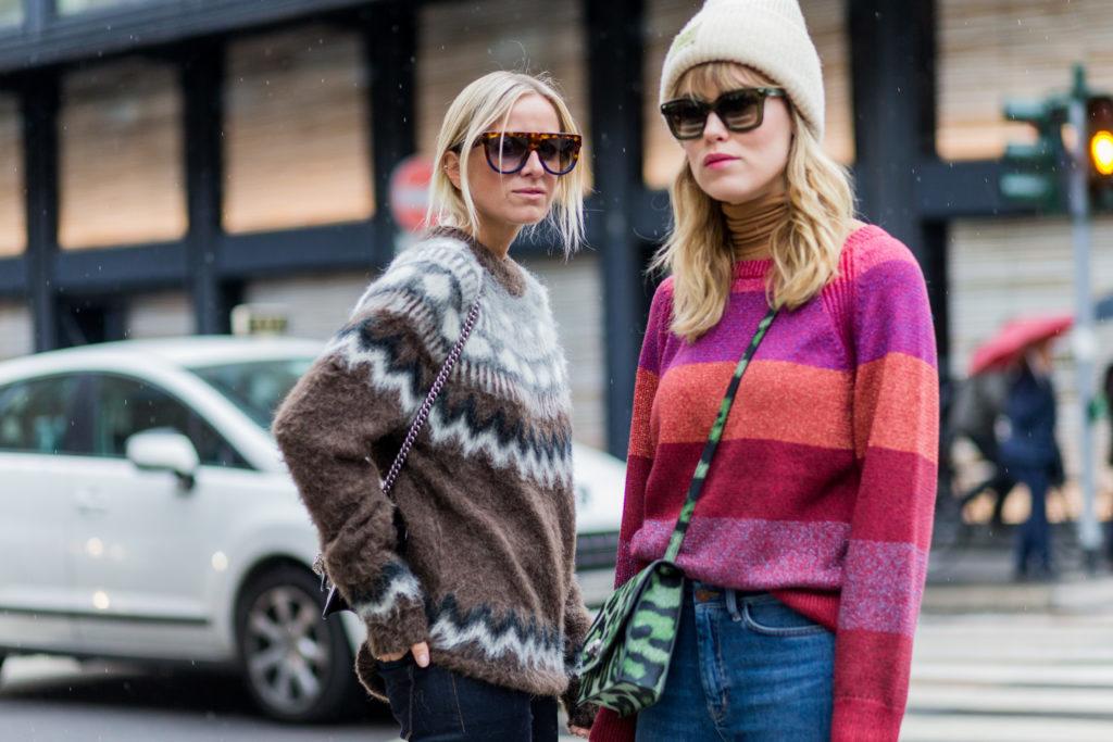 Время утепляться: три модных свитера на осень