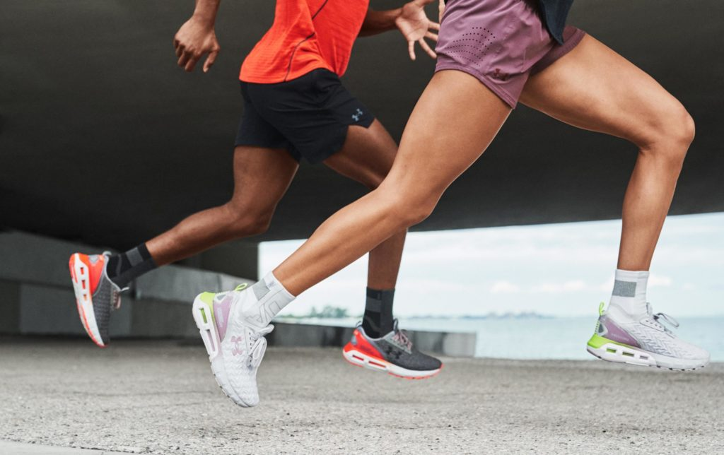 Главные на дистанции: беговые кроссовки HOVR от Under Armour